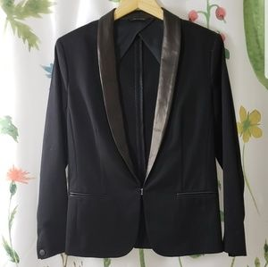 black rag & bone tuxedo blazer with leather lapel